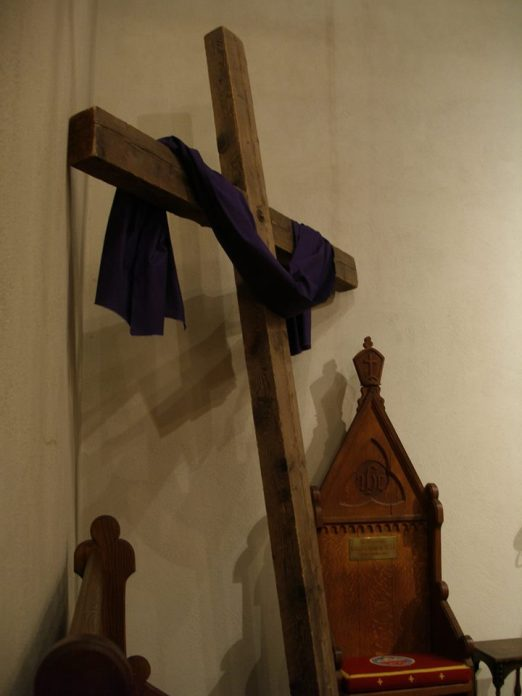 lent-cross